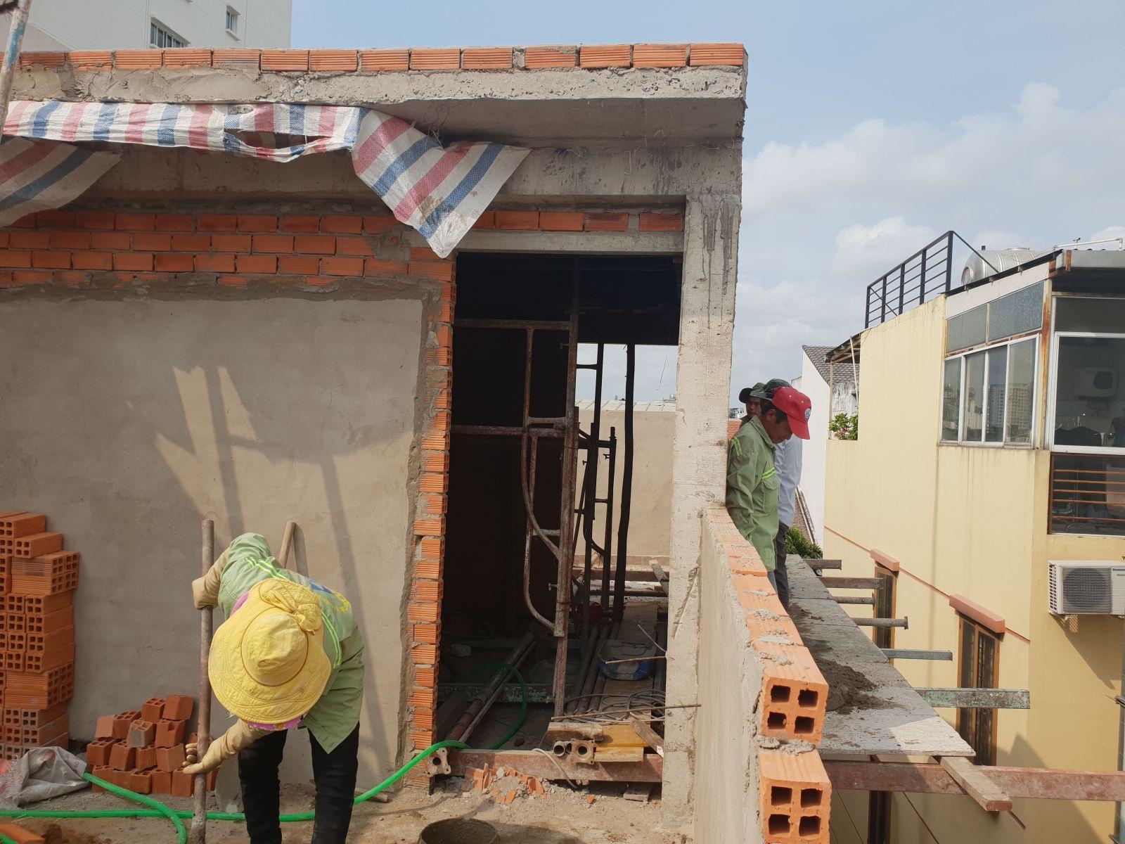 Hãy gia cố chắc chắn trước khi sửa nhà