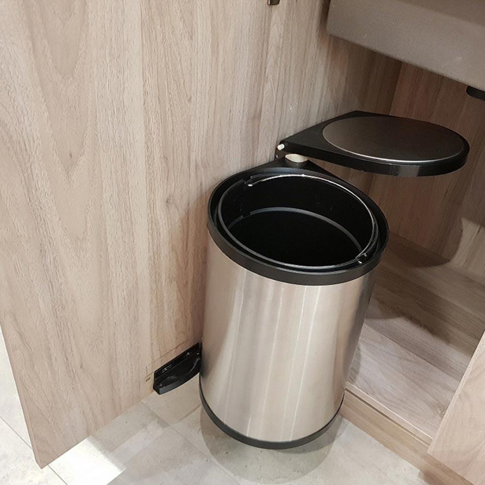 Các kiểu dán thùng rác hiện nay đều được thiết kế đa dạng về mặt kích thước và mẫu mã
