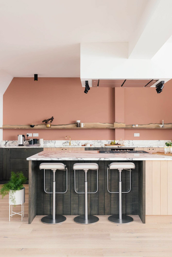 Một trong những sự phối hợp cực kỳ ăn ý đó chính là kết hợp giữa gam màu pastel và màu gỗ